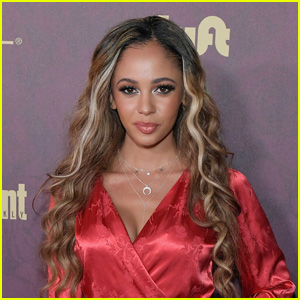 Vanessa Morgan in Talks to Become 'Batwoman' Replacement (Report)