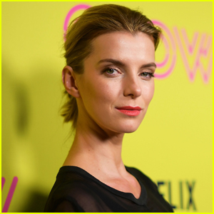 People Are Loving Betty Gilpin's Reaction to Her Emmy Awards 2020 Nomination