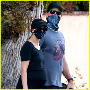 Chris Pratt & Pregnant Katherine Schwarzenegger Head Out on Afternoon Walk