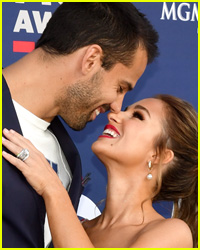 Eric Decker & Wife Jessie James Decker Pack on the PDA in Swimsuits!