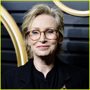 Jane Lynch Will Host NBC's 'The Weakest Link' Reboot!