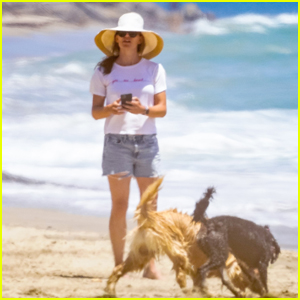 Jennifer Garner Enjoys a Sunny Day at the Beach With Family
