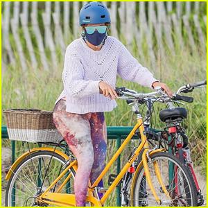 Jennifer Lopez Wears Starry Leggings For Bike Ride With Alex Rodriguez