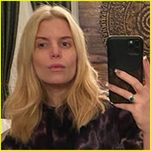 Jessica Simpson Shares a Makeup Free Selfie on Her 40th Birthday