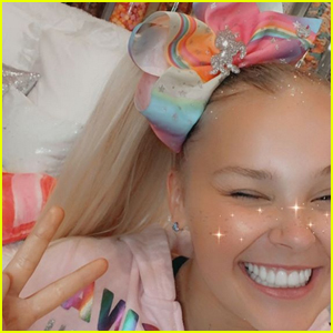 Jojo Siwa Goes Back to Blonde Hair Just Two Days After Debuting Brunette Hair