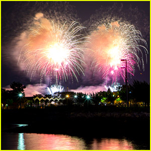 How to Watch Macy's July 4th Fireworks at Home - Stream Video Here!