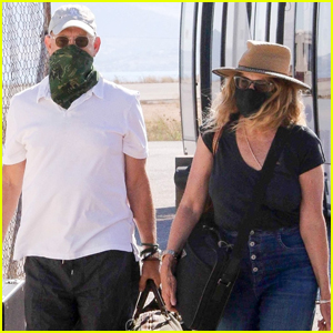 Tom Hanks & Rita Wilson Arrive in Greece to Celebrate His Birthday!