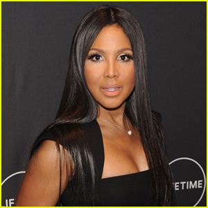 Toni Braxton Uses a Vibrator in Her Beauty Routine!