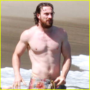 Aaron Taylor-Johnson Looks Ripped at the Beach, Hangs with Former 'Baywatch' Star!