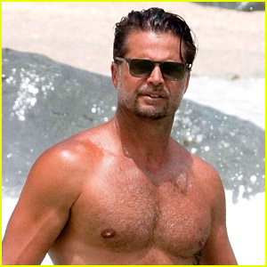 Baywatch's David Charvet Shows Off Hot Body While Shirtless at the Beach!