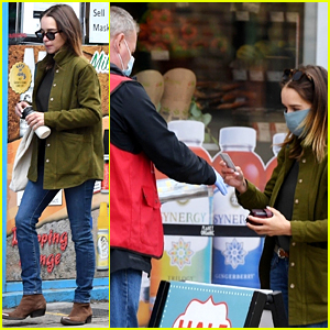 Emilia Clarke Buys a Magazine for Charity After Stopping by Grocery Store