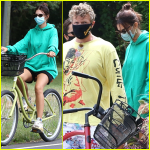 Emily Ratajkowski Heads Out on a Bike Ride with Hubby Sebastian Bear-McClard