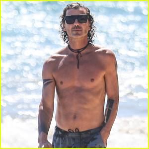 Gavin Rossdale Goes Shirtless During Walk on the Beach