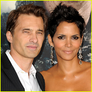 Halle Berry Wants to Act as Her Own Attorney in Her Divorce Case