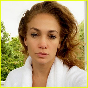 Jennifer Lopez Shows Off Her Makeup-Free 'Morning Face'