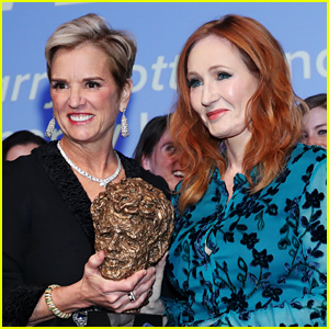 J.K. Rowling Returns Award from Kennedy Family After Being Criticized by Kerry Kennedy