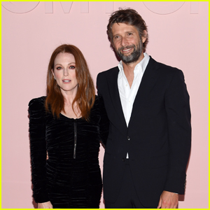 Julianne Moore Celebrates 17th Wedding Anniversary With Husband Bart Freundlich!