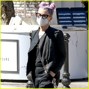 Kelly Osbourne Photographed