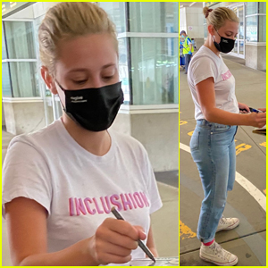 Lili Reinhart Arrives in Vancouver to Work on 'Riverdale'