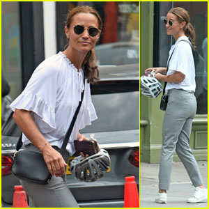 Pippa Middleton Makes a Chic Outing at The Ivy in Chelsea