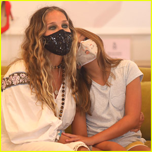 Sarah Jessica Parker Makes Rare Appearance with Daughter Tabitha at Her Shoe Store!