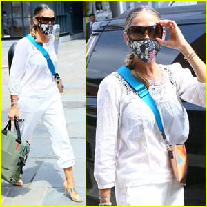 Sarah Jessica Parker Runs a Few Errands in NYC