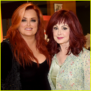 Mother Daughter Country Duo Naomi & Wynonna Judd To Be Focus Of Fox's Anthology Series 'Icon'