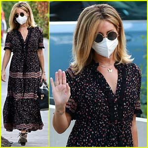Ashley Tisdale Steps Out After Revealing She's Pregnant!