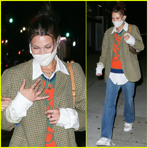 Bella Hadid Grabs Dinner with Friends in NYC
