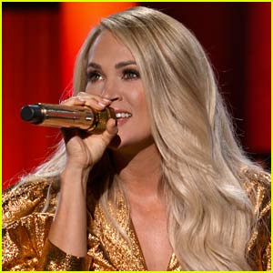 Carrie Underwood Sings Her Hit Song 'Before He Cheats' During ACM Awards 2020's Star-Studded Opening!