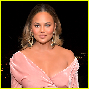 Chrissy Teigen Worries Fans with Blood Transfusion Photo Amid Hospitalization