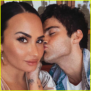 Demi Lovato Celebrates Her 6 Month Anniversary With Fiance Max Ehrich