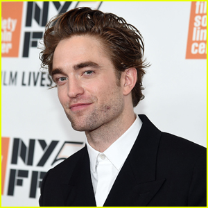 Robert Pattinson Cracks Up While Talking About His 'The Devil All the Time' Accent