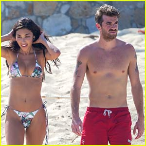 The Chainsmokers' Drew Taggart Goes Shirtless at the Beach with Girlfriend Chantel Jeffries