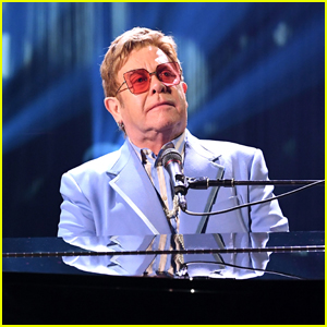 Elton John Reschedules 'Farewell Yellow Brick Road Tour' - See the 2022 North American Dates!