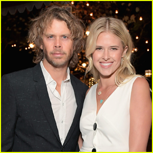 Eric Christian Olsen & Wife Sarah Wright Olsen Welcome Third Child Together!