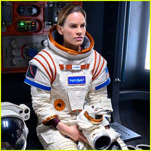 Hilary Swank Reveals She Developed Claustrophobia from Her 'Away' Spacesuit