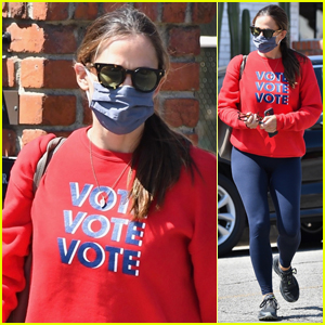 Jennifer Garner Reminds Everyone to Vote With Her Red, White & Blue Ensemble