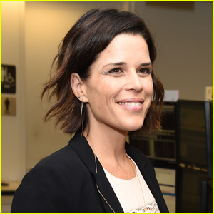 Neve Campbell Officially Returning for 'Scream 5'