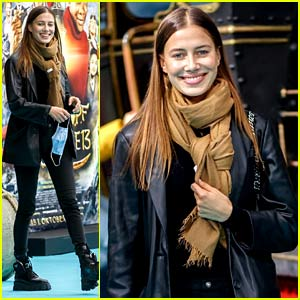 Nicole Poturalski Attends a Movie Premiere in Berlin!