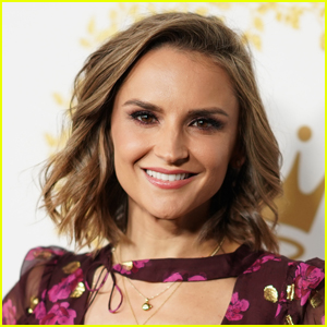 Rachael Leigh Cook Tried Online Dating After Her Divorce