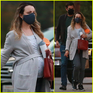 Rachel McAdams Puts Her Baby Bump on Display During Lunch Date with Jamie Linden