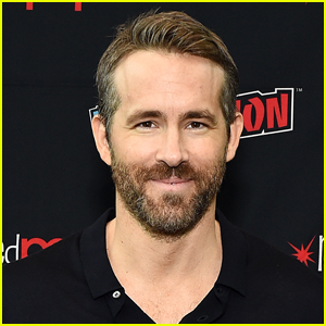 Ryan Reynolds in Talks to Take Over UK Soccer Club Wrexham!
