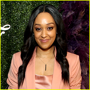 Tia Mowry Recalls Being Told She & Sister Tamera Couldn't Be On the Cover of a Certain Magazine:
