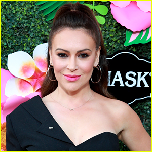 Alyssa Milano Reveals the COVID-19 Symptoms That Keep Lingering, Months After Her Diagnosis