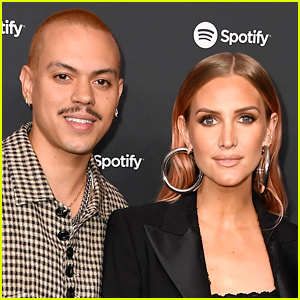 Ashlee Simpson Gives Birth, Welcomes Baby Boy with Evan Ross!