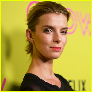 Betty Gilpin Says Goodbye to 'GLOW' in Heartfelt Letter After Cancellation