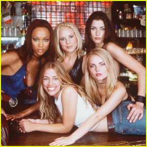 A 'Coyote Ugly' Reboot Is in the Works!