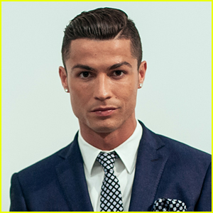 Soccer Star Cristiano Ronaldo Tests Positive for Coronavirus