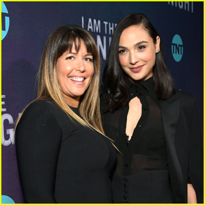 Gal Gadot to Star in 'Cleopatra,' Reunite With 'Wonder Woman' Director Patty Jenkins!